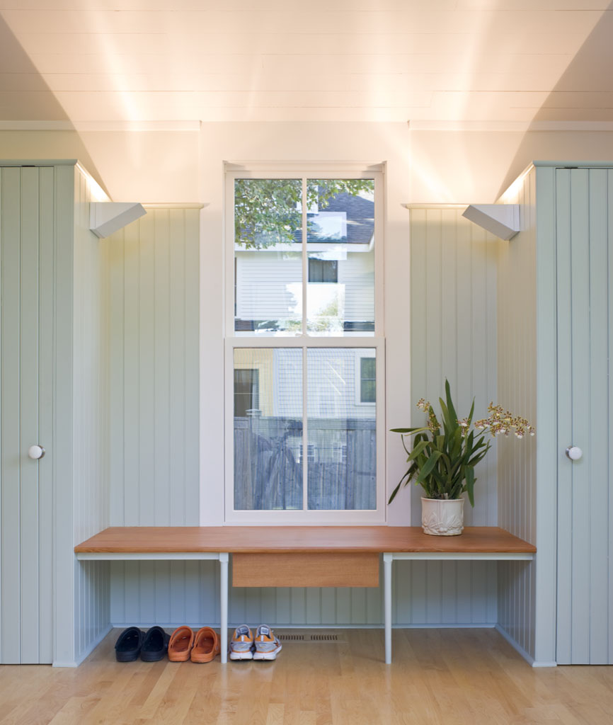 Shoe Bench of the Overall House in Concord, Massachusetts Estes/Twombly Architects