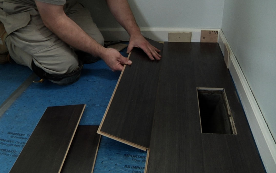 Installing the Remaining Rows - How To Install Laminate Flooring - Buildipedia