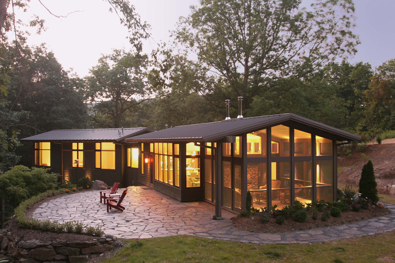 Green house of the month a respectful retreat in celo for Home by design nc