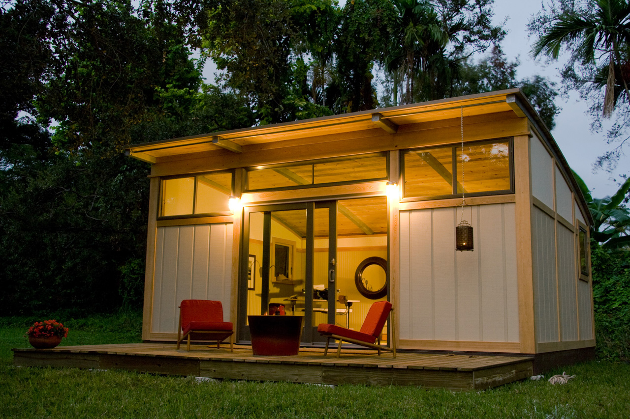 Tiny Home Designs: Small Houses: The Benefits To A Downsize