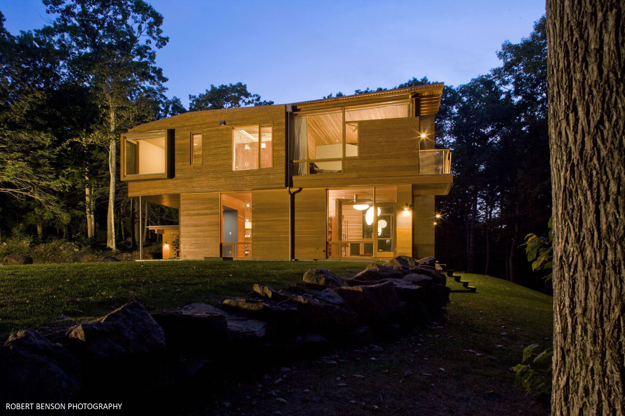 Kent House exterior by Gray Organschi Architecture