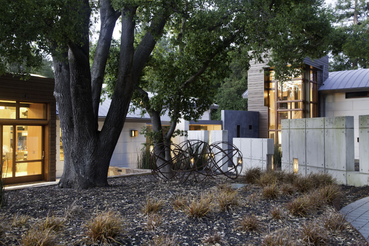 Saratoga Creek House landscaping and artwork by WA Design