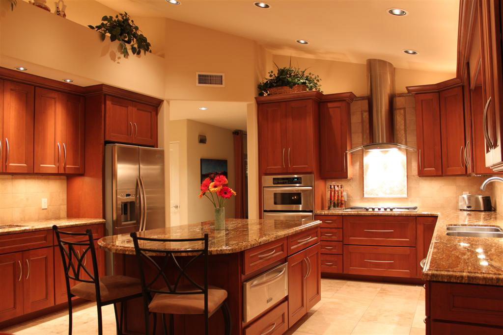 Large Upscale Kitchen   (CC BY 2.0) By Dru Bloomfield