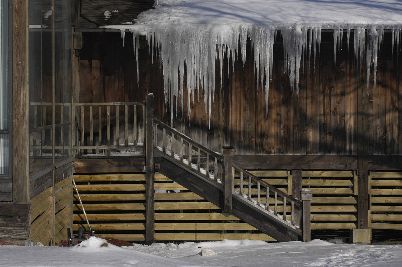 What To Do About Ice Dams Buildipedia