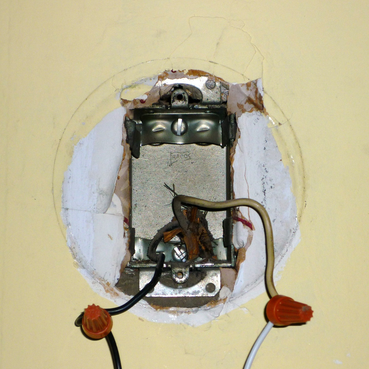 Electrical Fixtures: Let There Be Light: Installing Lighting Fixtures