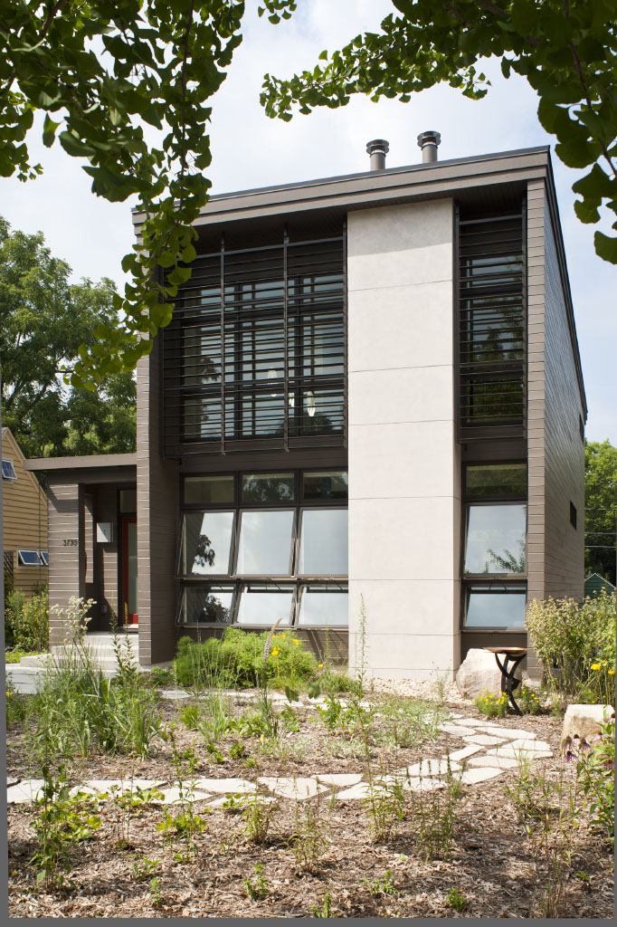 Best Front yard of the Ross Street House in Madison Wisconsin by Richard Wittschiebe Hand Architects