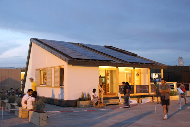Prispa solar house design.