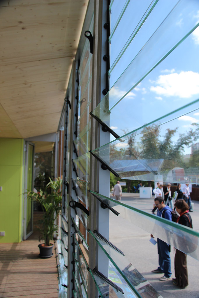 Team Rhône-Alpes Claims La Victoire at Solar Decathlon 2012 Passive Energy Stratagies