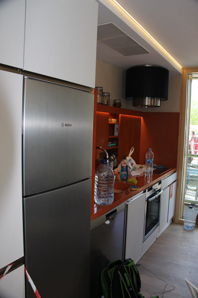 Team Rhône-Alpes Claims La Victoire at Solar Decathlon 2012 Kitchen