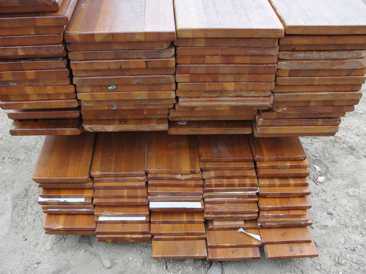 Understanding reclaimed wood how the salvaging process for Reclaimed flooring