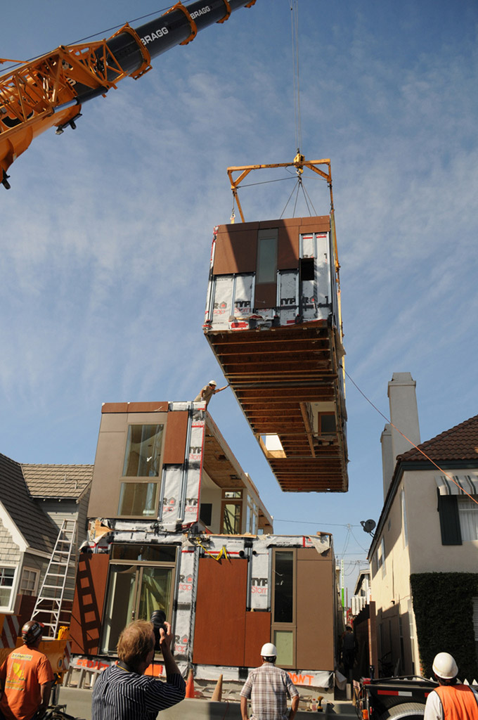 Crane Moving Prefab Home Into Place | Credit - LivingHomes