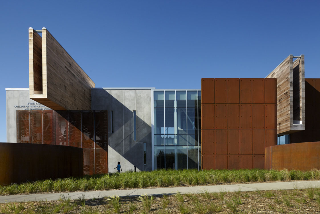 ross barney architects the university of minnesota duluth