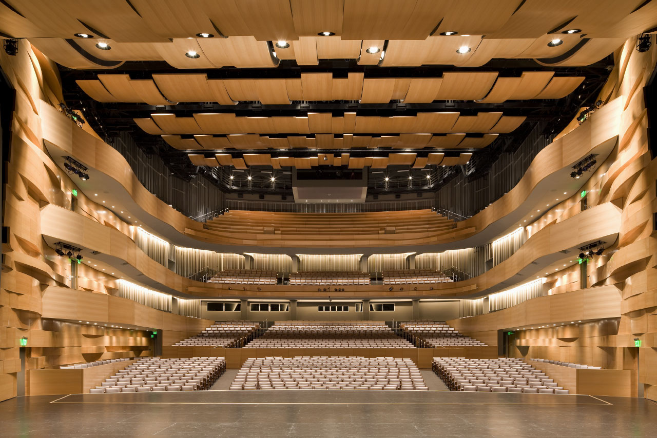 Valley Performing Arts Center By Hga Architects And