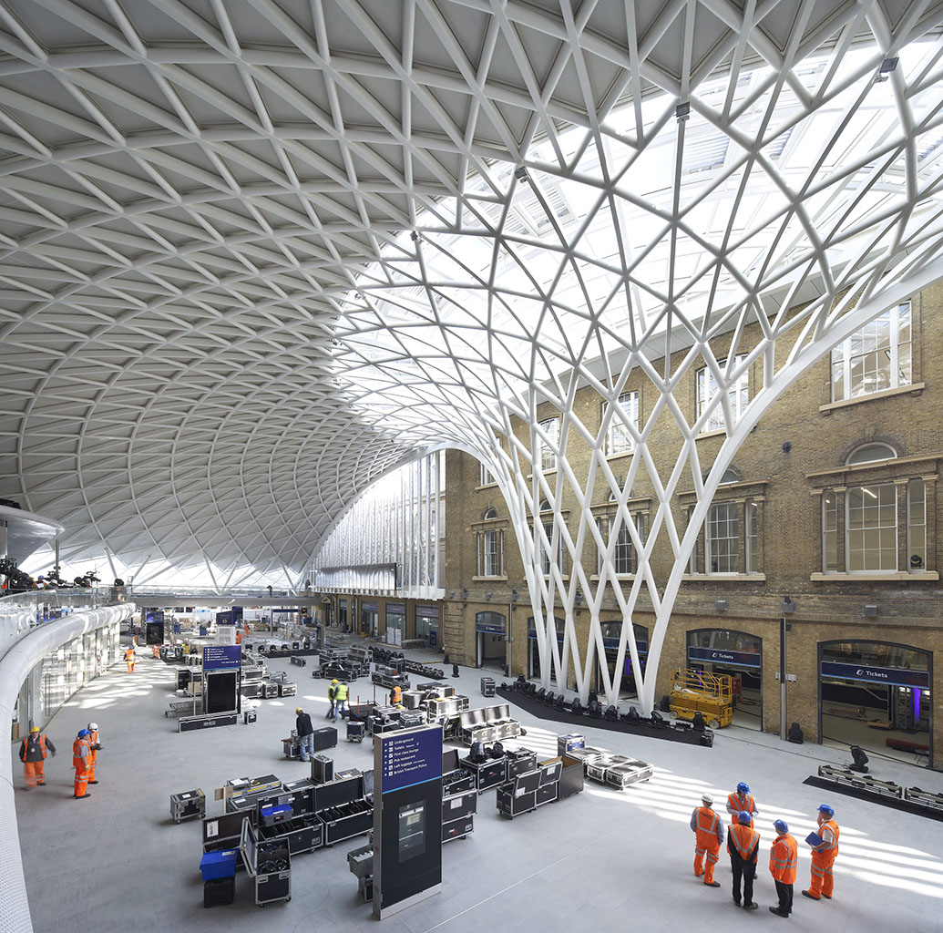 steel lattice roof at the entrance of King's Cross Station