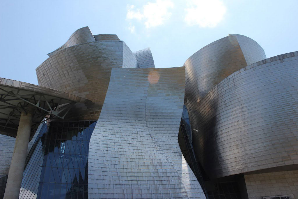 Titanium and glass facade of Guggenheim Museum Bilbao, by Frank O. Gehry