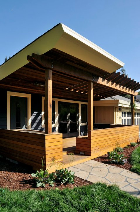 Building green on a budget advice from leading architects for Building a house on a budget