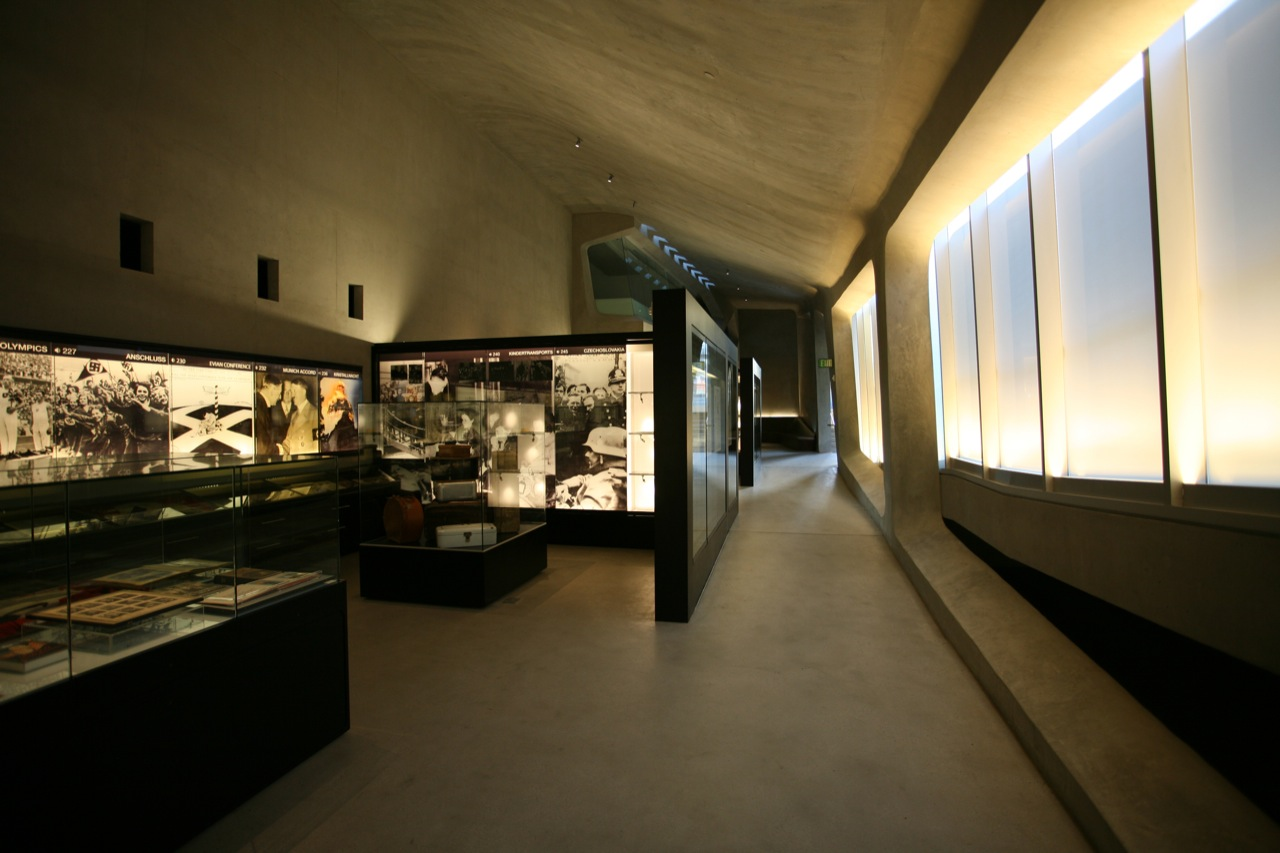 Los angeles museum of the holocaust by belzberg architects - Interior design school los angeles ...