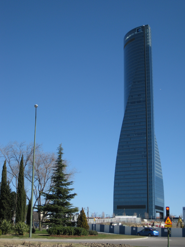 Madrid's  Space Tower (Torre Espacio) designed by Pei Cobb Freed and Partners