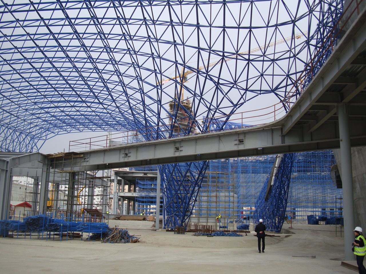 Zaha hadid s heydar aliyev cultural centre turning a for Space architecture