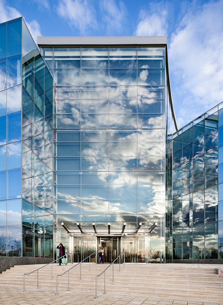 Double Leed Platinum For Gsk S Hq In Philly S Navy Yard