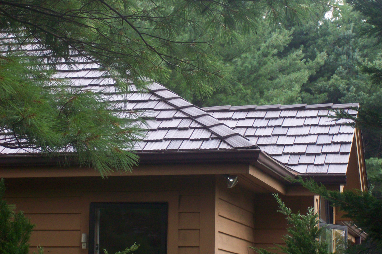 Roofer sees preference shift in roofing products buildipedia for Davinci roof