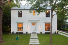 House of the Month: lassic and Modern rchitecture ollide in ... - ^