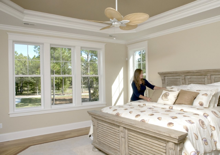 Simonton windows offers window safety tips for national for Simonton windows