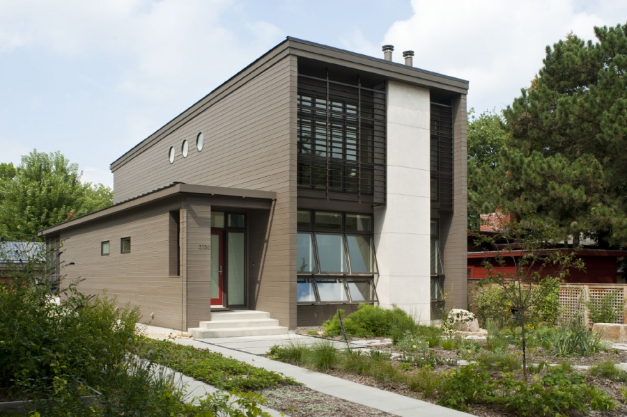 Green Home of the Month: Ross Street House in Madison, Wisconsin