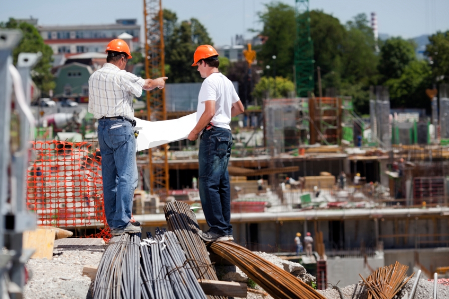 Supervision for subcontractors on the job site buildipedia for Contractors needed to build a house