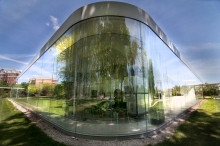 Pritzker Prize Worthy: SANAA's Glass Pavilion at the Toledo Museum of Art