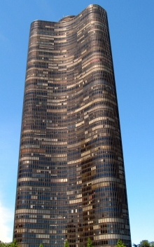 Lake Point Tower, Chicago, IL